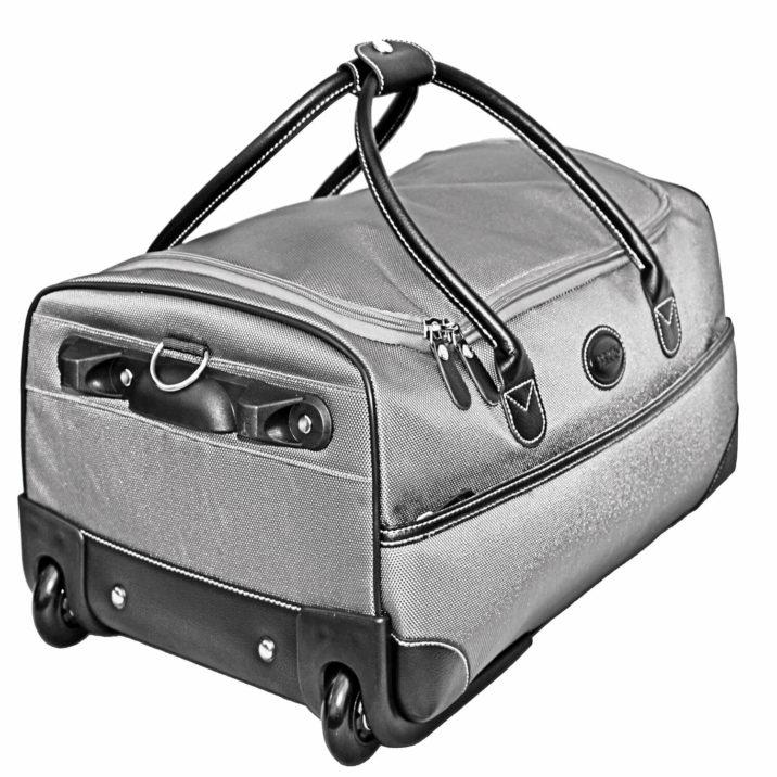 "Pronto 21"" Ultra Light Rolling Duffle Bag"